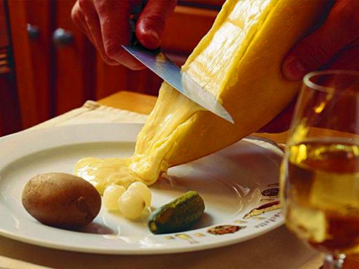 Raclette à discrétion im Hotel Gletscherblick, Hasliberg, Haslital
